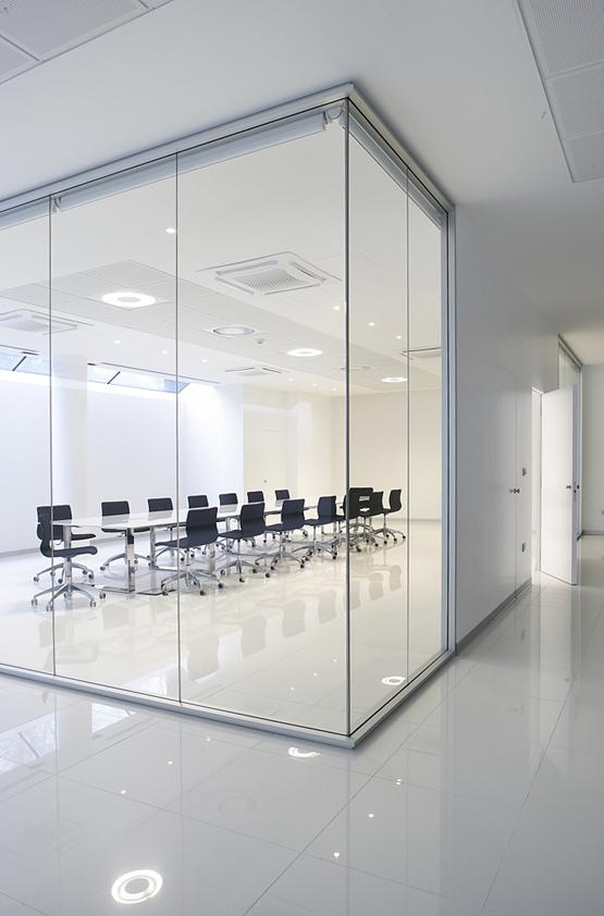 Arredo Casa Ufficio: Arredo ufficio scrivanie mobili libreria in stock ...